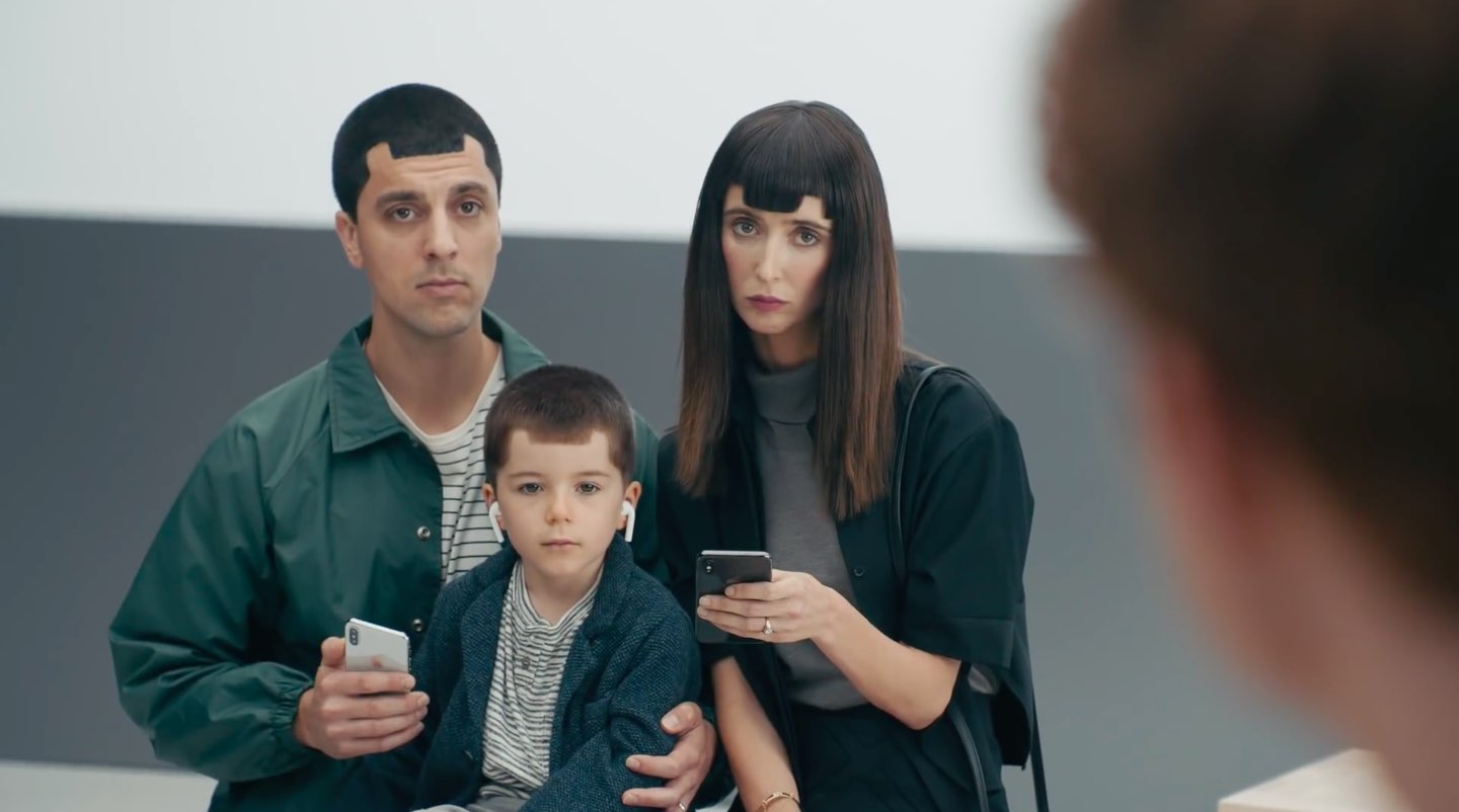 Samsung Apple notch haircuts family
