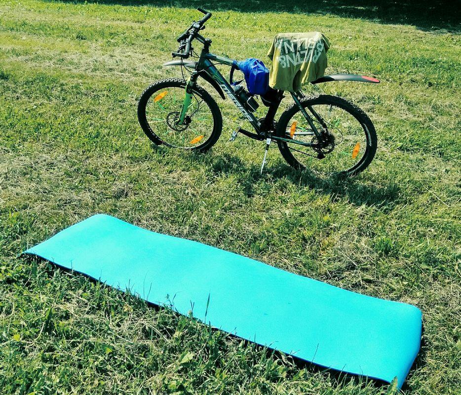 bike-and-rfa-in-the-woods